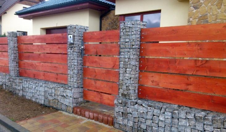 Zajištění svahů gabionovými ploty